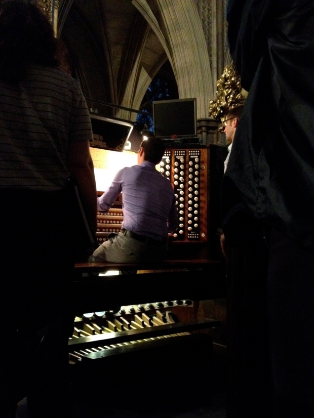 Mike, playing an excerpt from the Adagio from Vierne's third symphony.