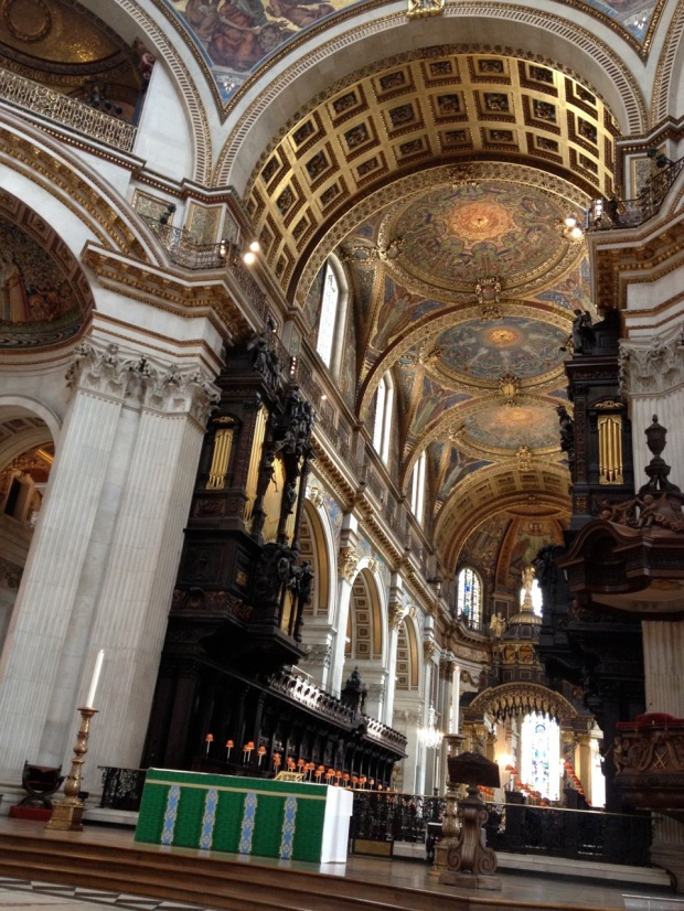 Contraband photo of the inside of St. Paul's! (Shhh...)