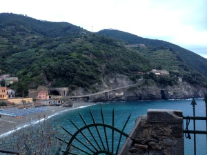 In the distance you see the beginning of the trail towards Vernazza carved into the edge of the hill.